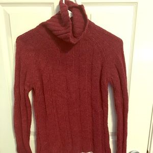 Red wool long-sleeve turtleneck sweater XS